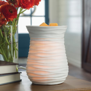 Candle Plate Warmers, Tart Warmers, Auto Shut-Off Candle Warmers in a variety of styles and colors. Candle warmers are perfect for the office, home or even dorms A great gift for any candle lover!